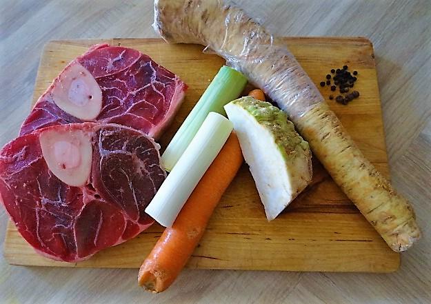 Rindfleisch,Meerrettichsauce,Klöße (6).JPG
