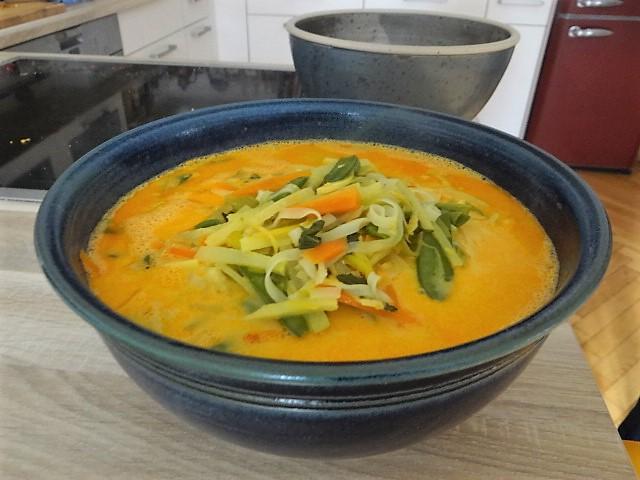 Asiatische Gemüsesuppe (10)
