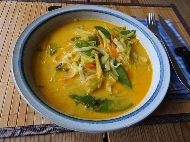 Asiatische Gemüsesuppe (11)