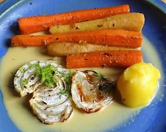 Ingwer Möhre,Pastinaken,gegrillter Fenchel,Orangensauce (14)