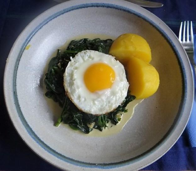 Spinat,Spiegelei,Kartoffeln (1)