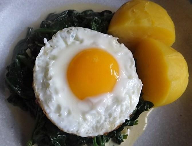 Spinat,Spiegelei,Kartoffeln (3)