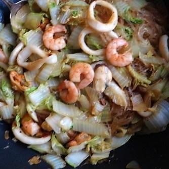 Spitzkohl mit Meeresfrüchten (10)