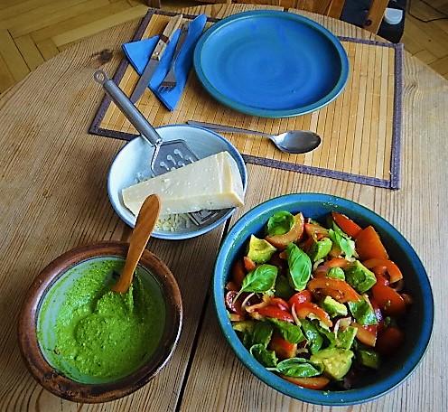 Tomaten Avocado Salat mit (4)