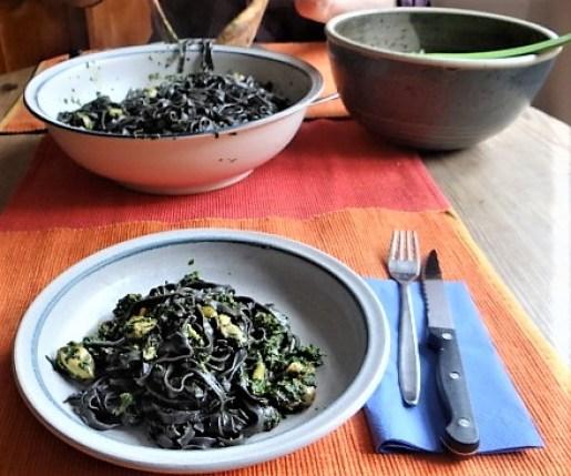Sepia Nudeln,Muscheln mit Spinat (3)