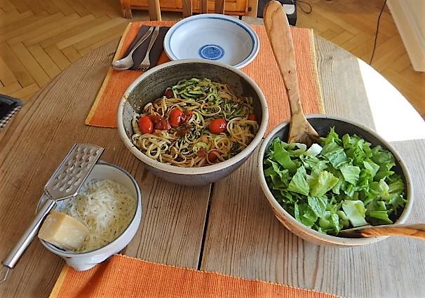 Linguine,Zoodles,Tomaten,Endivien (13)
