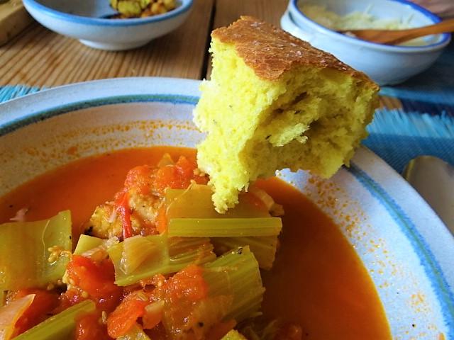 Staudensellerie Suppe mit Weißbrot (3)
