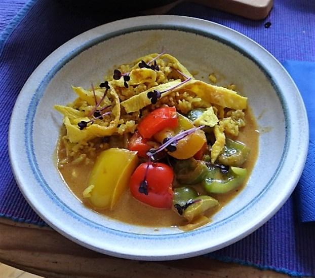 Paprika in Kokosmilch und Gewürzreis (1)