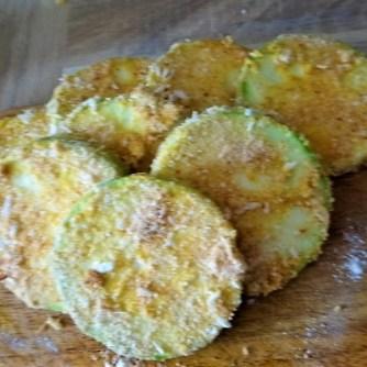 Frittierte Zucchini mit Gorgonzolasauce (11)