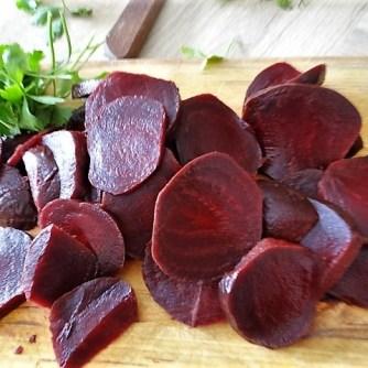 Kleine Kartoffelaufläufe,Rote Beete,Gurke,Pimientos,Feta (12)