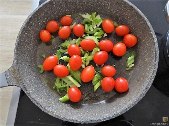 Linsennudeln, Tomaten mit Rührei (5)