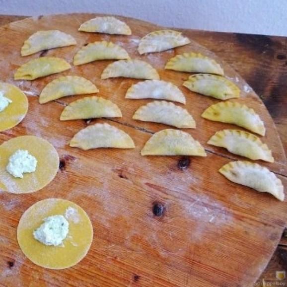 Ravioli-mit-Feta-Spinat-Füllung-und-Salbei-Butter-9