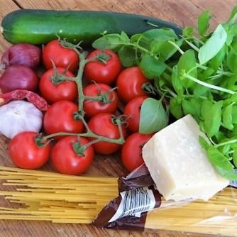 Spaghetti mit Tomaten (Keka) (8)