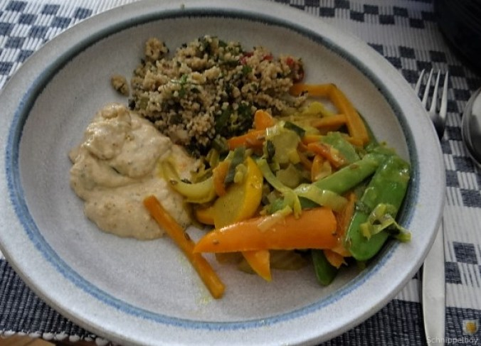 Wokgemüse, Tabouleh, Hummus, Spillinge (1)