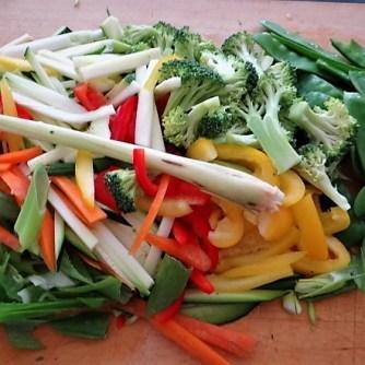 Scharf-Saure Gemüsesuppe mit Garnelen und Lachs (8)