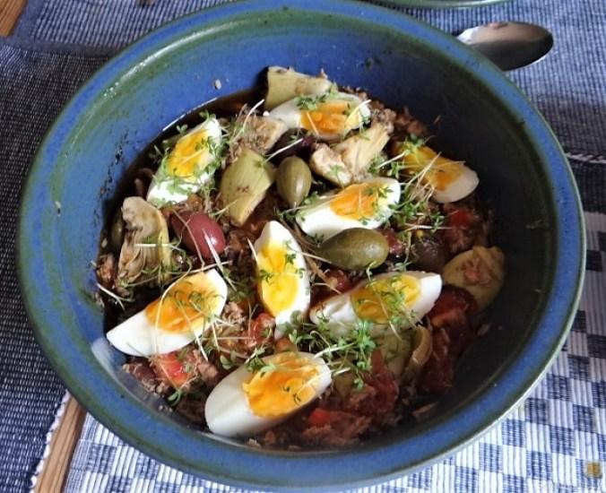 Thunfisch-Eiersalat mit Kartoffelrosen (12)