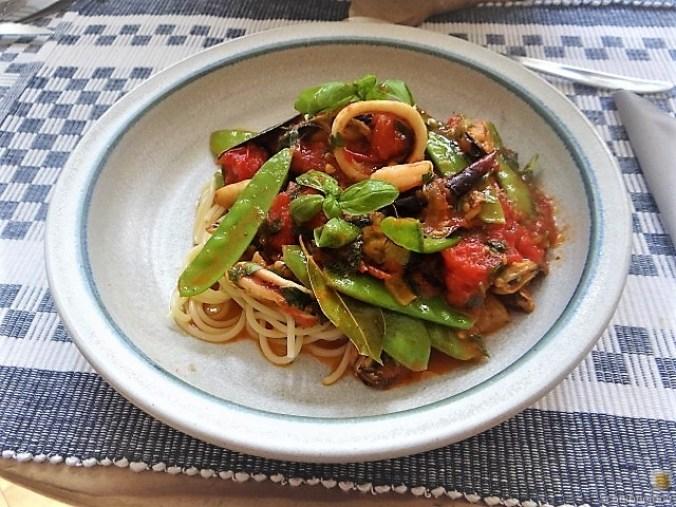 Tomaten, Meeresfrüchte, Spaghetti, Trauben (16)