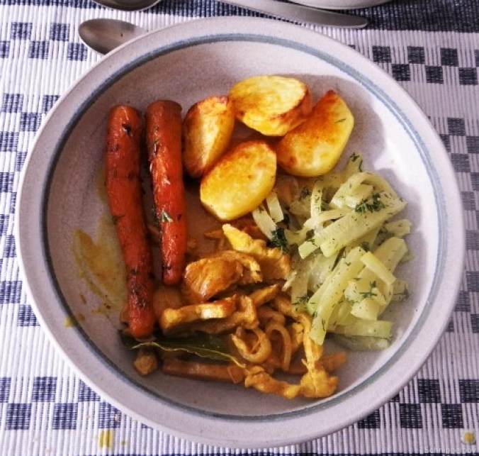 Geschnetzeltes, Kohlrabi,Karotten,Ofenkartoffeln (23)