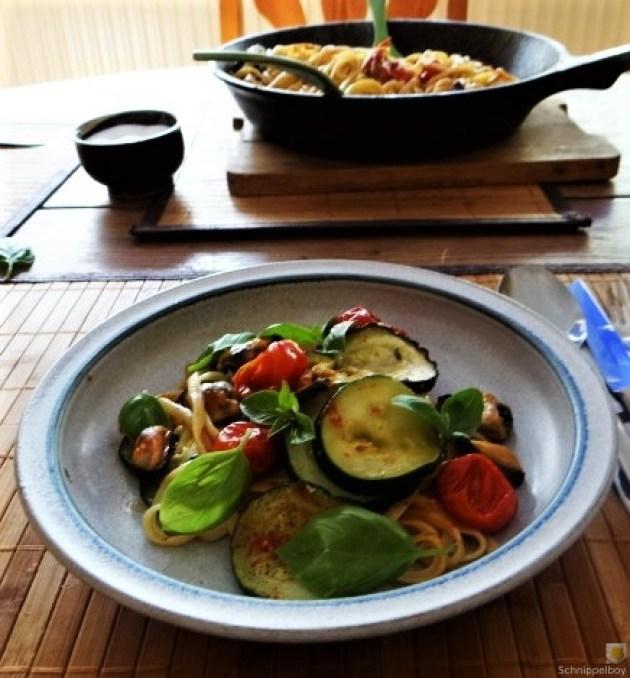 Linguine,geschmorte Tomaten,Miesmuscheln (3)