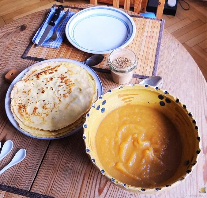 Pfannkuchen mit Apfelmus (16)