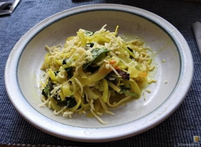 Zucchini,Mangold und Reste vom Vortag (1)