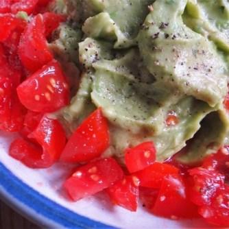 Lila-KartoffelGuacamoleSalate-10