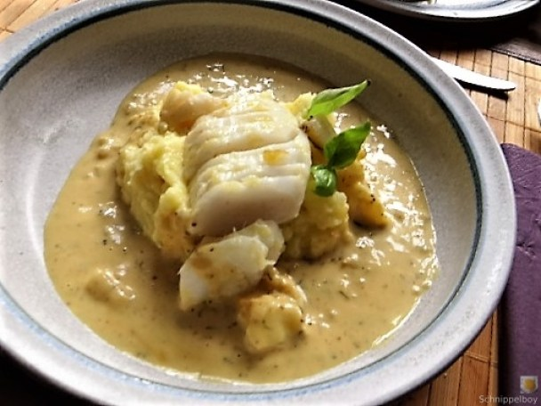 Kabeljau, Zitrus Senfsauce. Kartoffelstampf, Salate (3)