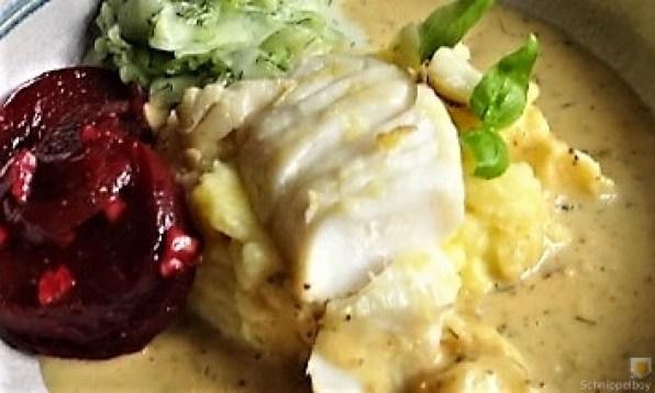 Kabeljau, Zitrus Senfsauce. Kartoffelstampf, Salate (4)