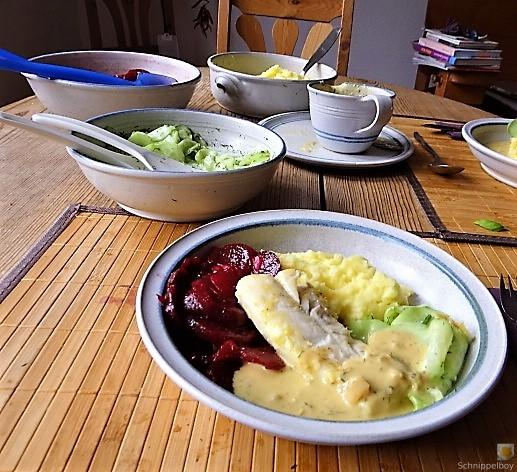 Kabeljau, Zitrus Senfsauce. Kartoffelstampf, Salate (5)