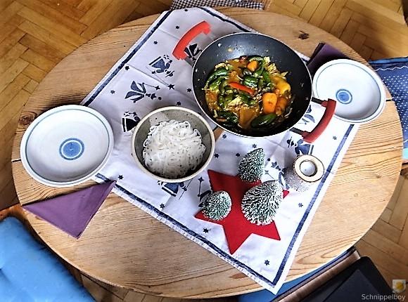 Gemüse in Kokosmilch und Reisnudeln (16)
