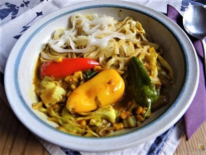 Gemüse in Kokosmilch und Reisnudeln (17)