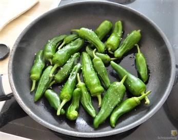 Kürbiscurry,Couscous, Guacamole,Salat (20)