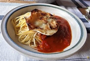 Linguine, scharfe Tomatensauce, Muschelragout (18)