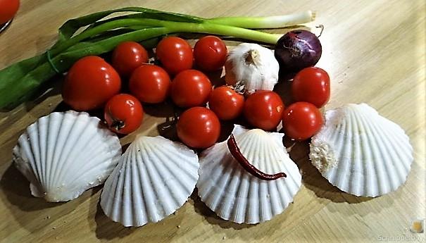 Linguine, scharfe Tomatensauce, Muschelragout (7).JPG