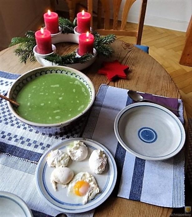 Spinatsuppe mit pochierten Eiern (17).JPG