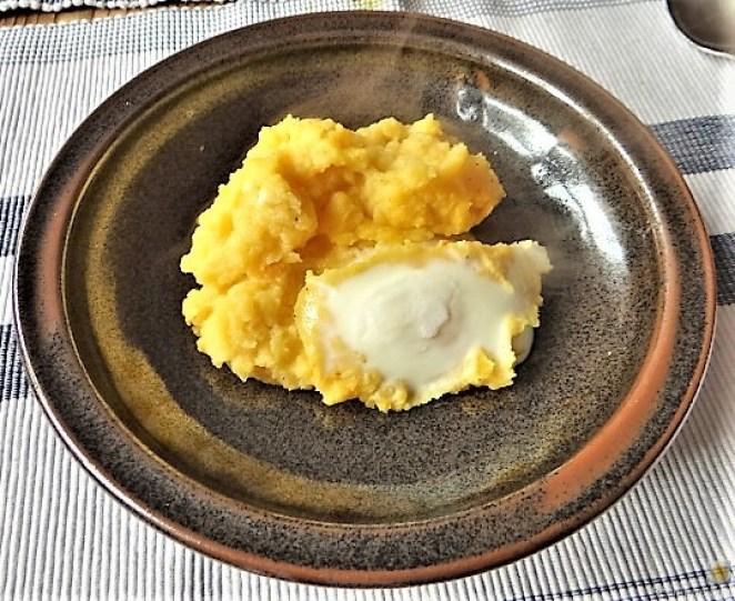 Steckrübe mit versunkenen Eiern (2)
