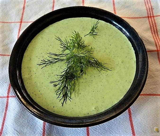 Falafel, Fetacreme, Gurkensalat, (16)
