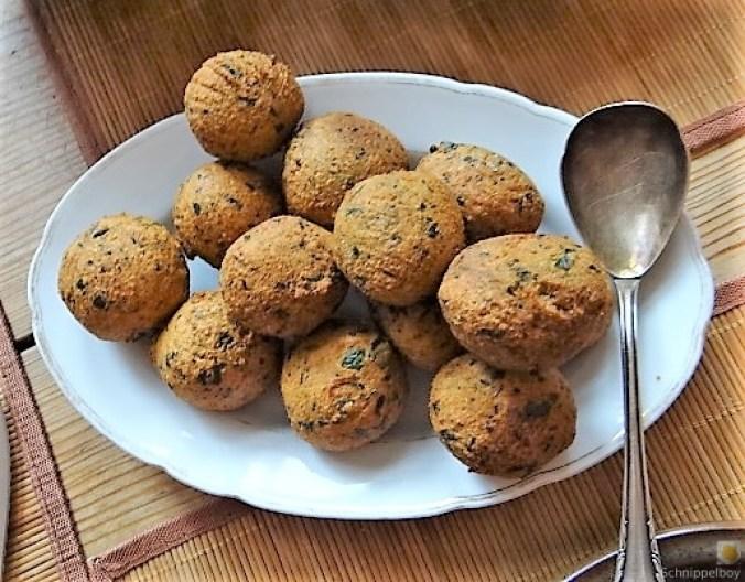 Falafel, Fetacreme, Gurkensalat, (30)