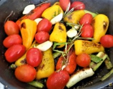 Falafel, Hummus, Gemüse, (14)