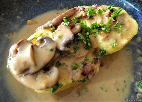 Klöße mit Pilzsauce,Obstsalat (4)