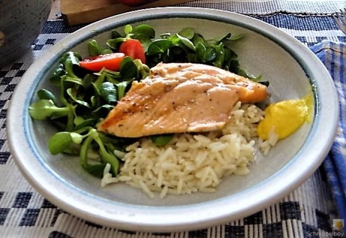 Lachsforelle,Reis und Feldsalat (13)