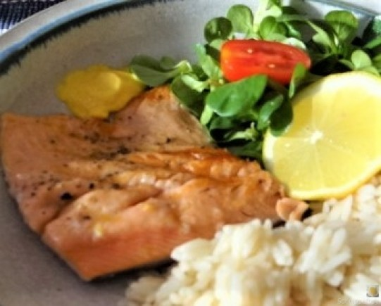 Lachsforelle,Reis und Feldsalat (4)