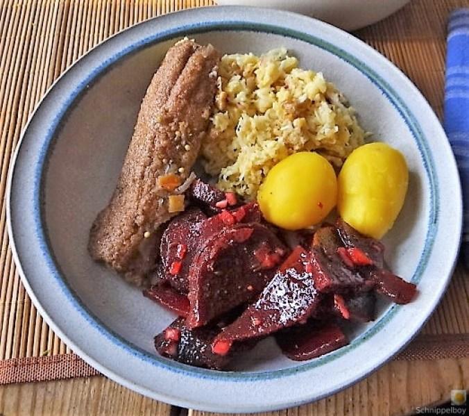 Waldorfsalat, Rote Bete Salat, Brathering (1)