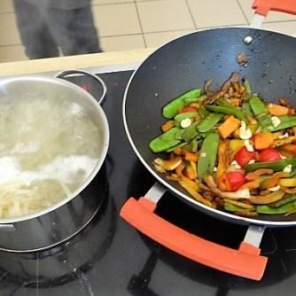 Wokgemüse mit Reisnudeln (12)