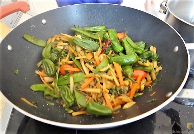 Wokgemüse und Erbs-Ricotta Creme (15)