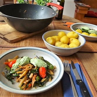 Wokgemüse und Erbs-Ricotta Creme (16)