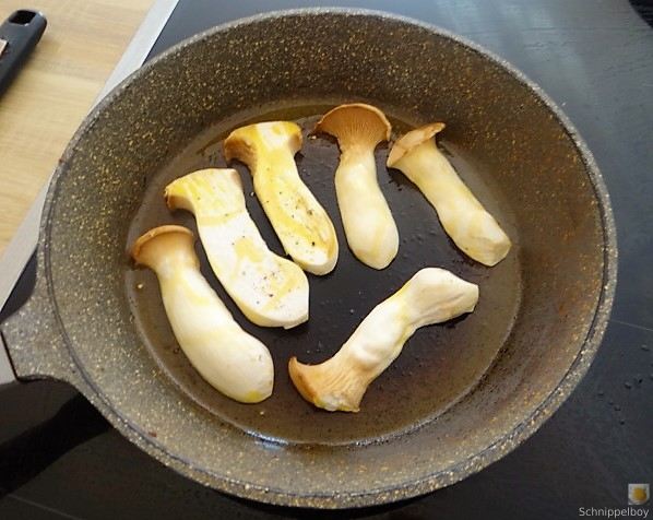 Kartoffel-Bärlauch-Gurkensalat, Kräuterseitlinge (19)