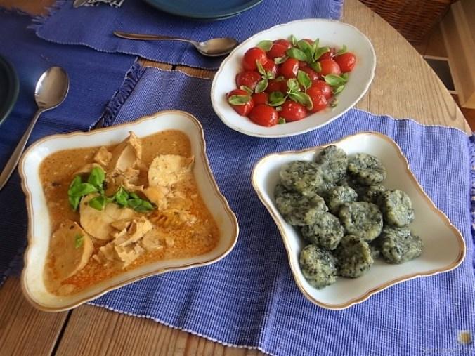Wildkräuter Gnocchis, Poulardenbrust, Geschmorte Tomaten (8)