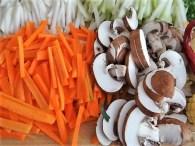 Gemüsesuppe mit Glasnudeln (15)