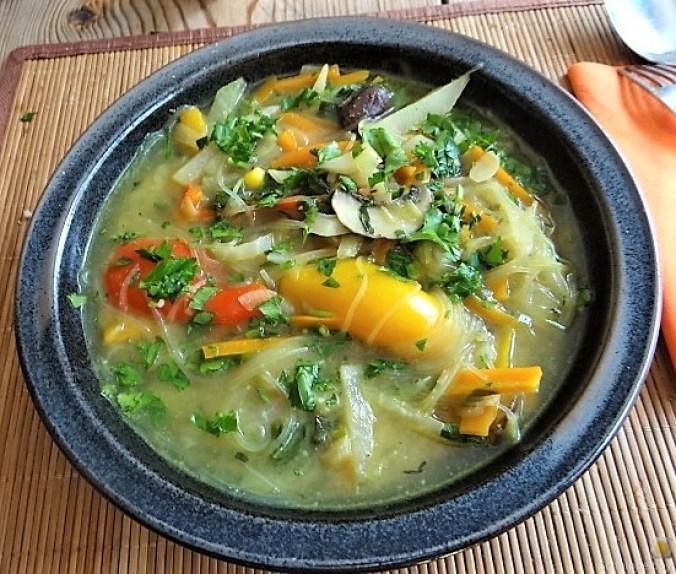 Gemüsesuppe mit Glasnudeln (2)